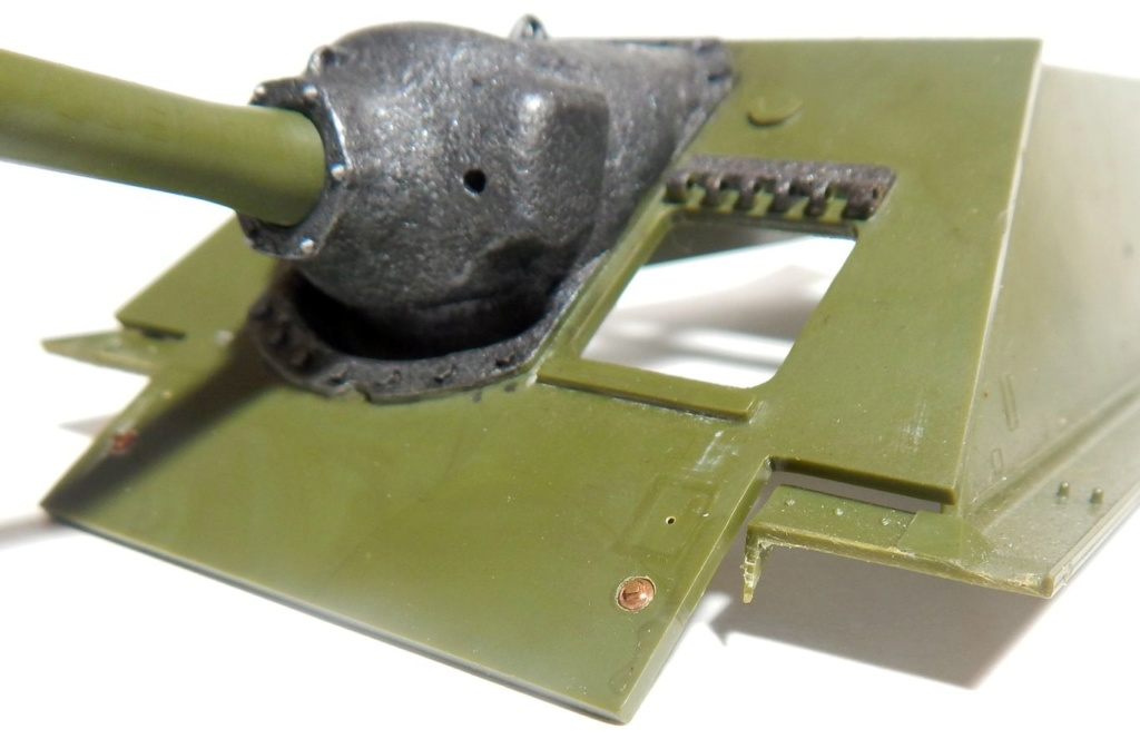СУ-100, Т-34\85 (ЗВЕЗДА 1:35, снятые с призводства) на сентябрь 1944, Т-34\85 (MSD 1:35) завода 122 с башней завода 75. Dscn5818