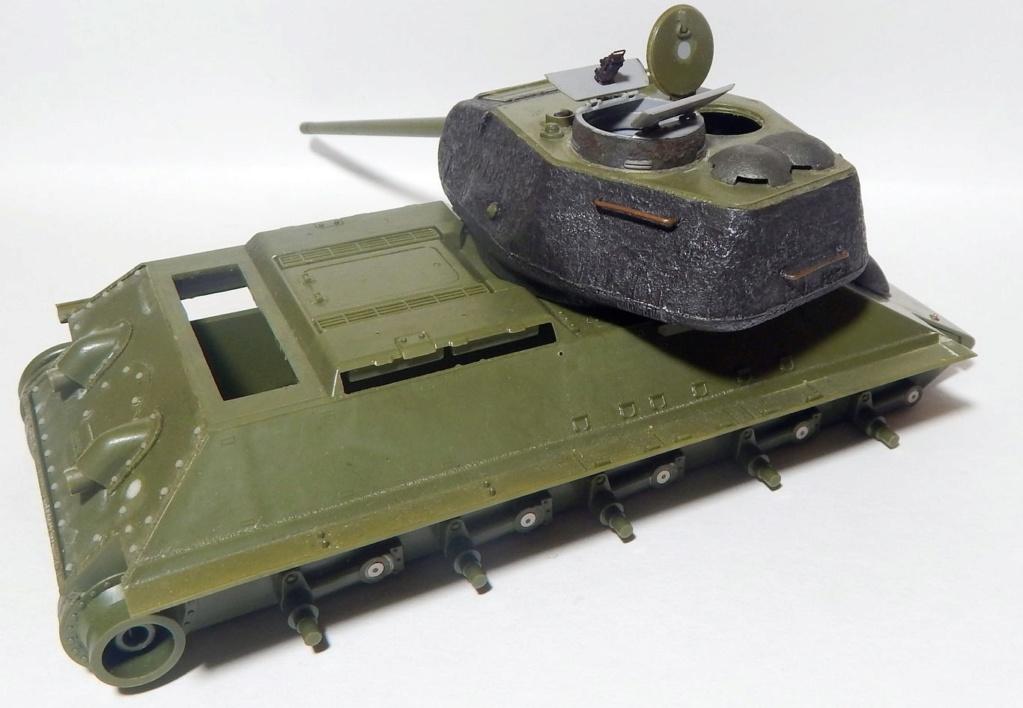 СУ-100, Т-34\85 (ЗВЕЗДА 1:35, снятые с призводства) на сентябрь 1944, Т-34\85 (MSD 1:35) завода 122 с башней завода 75. Dscn5840