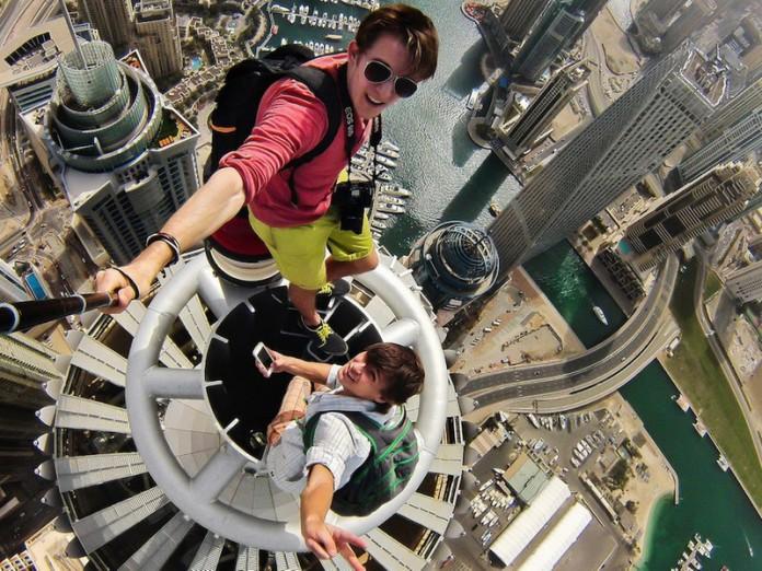 Самые опасные селфи в мире Selfi110
