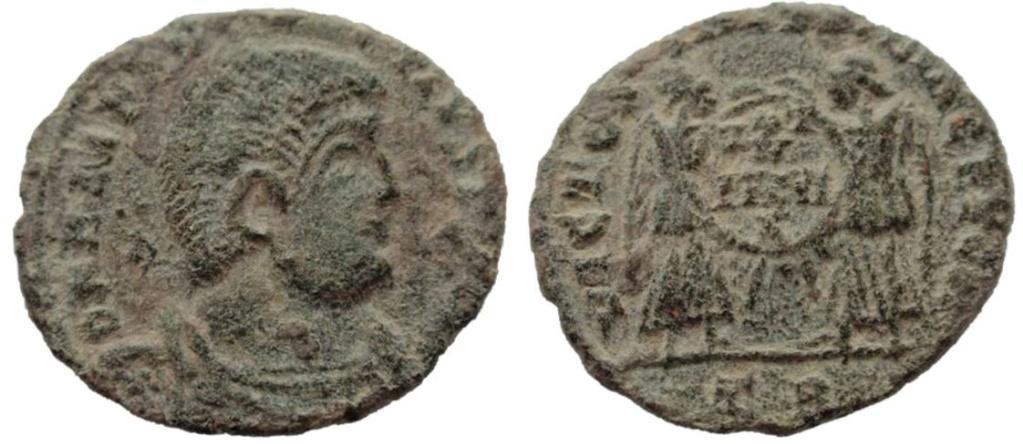 AE3 de Magnencio. VICTORIAE DD NN AVG ET CAE. Trier 12_1_m10