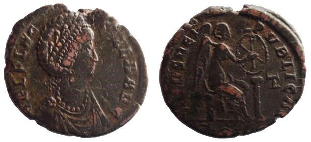 AE2 o Maiorina de Aelia Flacilla. SALVS REI PVBLICAE. Constantinopla Aelia_10