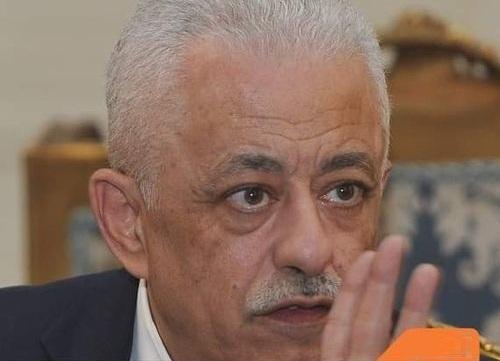 """وزير التعليم"""" يوجه رسالة شديدة لجروبات الماميز 2222210"""