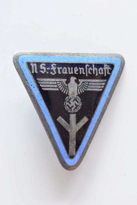Authentification  insignes Allemand  Dsc_0724