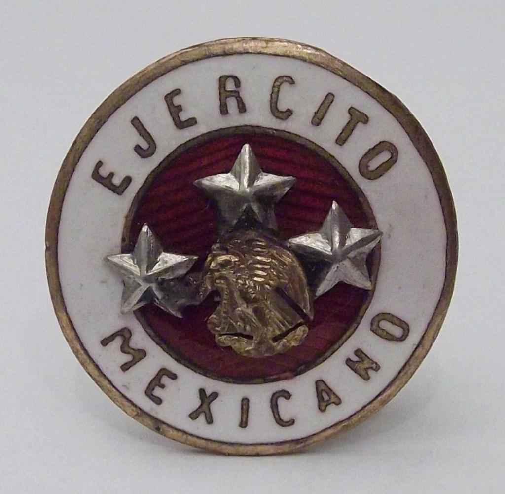 ¿Insignia? del Ejercito Mexicano. 110