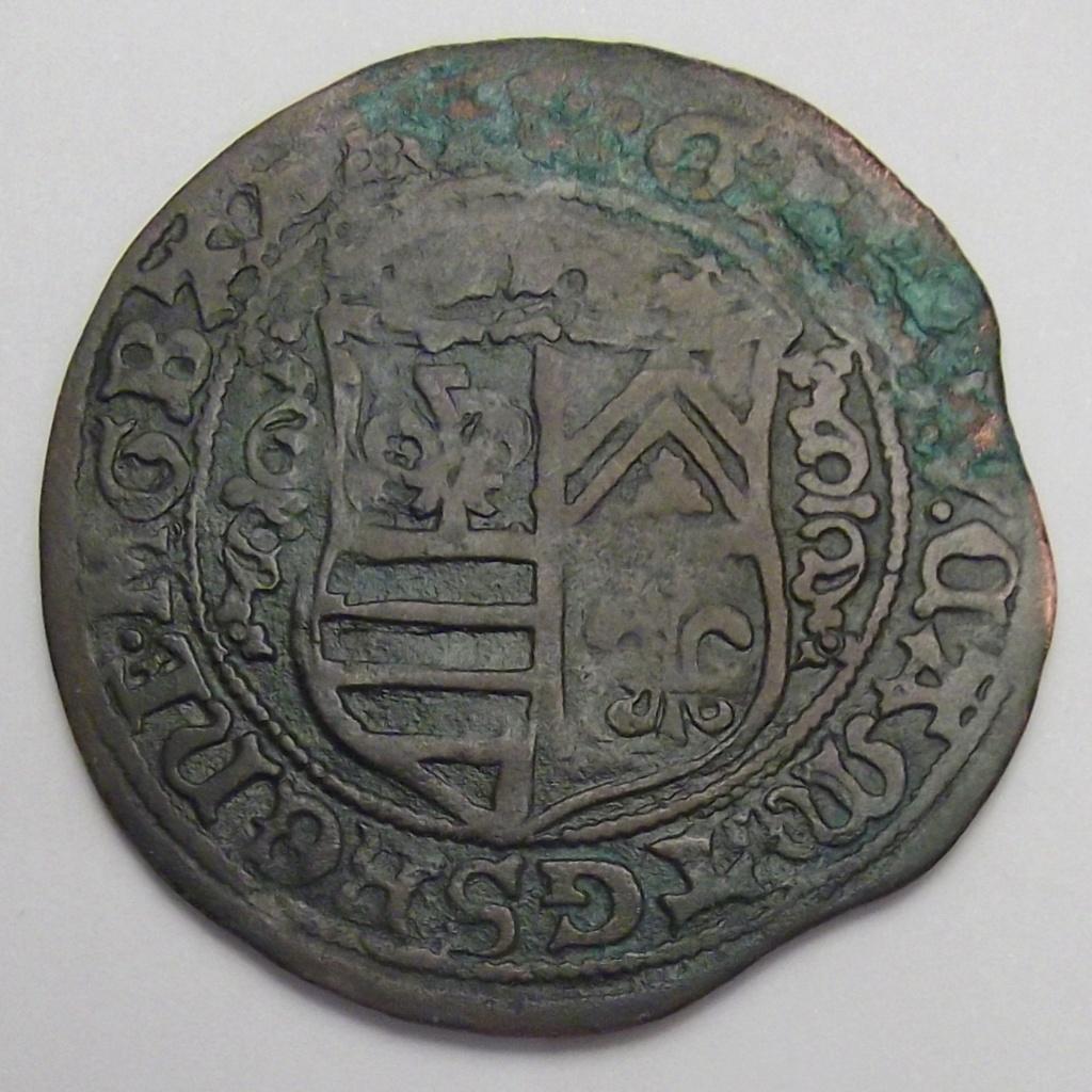 Jeton grande con escudo no identificado, puede ser de Nuremberg. Pregun11