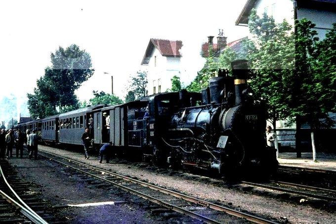 Za prijatelje željeznice i željezničke modelare - Page 16 E62auz10