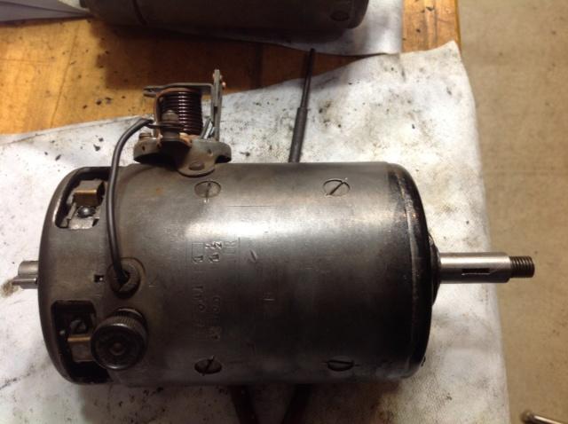 Dynamo 401 sans excitation double débit.... Image134