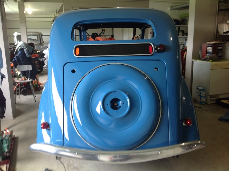 la 401 bleue à Dom25 Img_2810