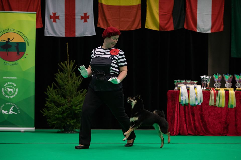 Танцы с собаками - Страница 7 79985510