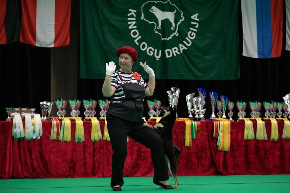 Танцы с собаками - Страница 7 80082610