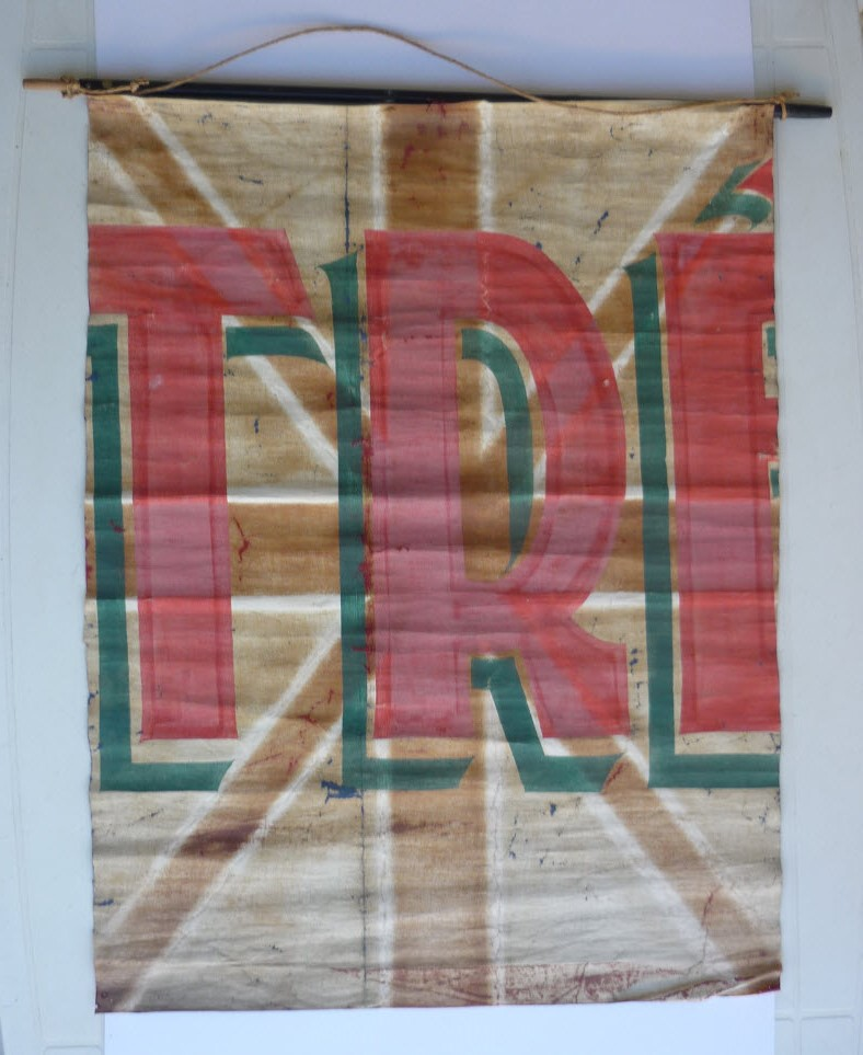 Trouvailles du week-end (drapeaux libé, cartes, papiers WW1...) 0211