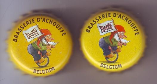 Achouffe   Belgique - Page 2 Caps_210