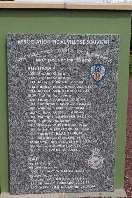 monument de picauville Img_1322