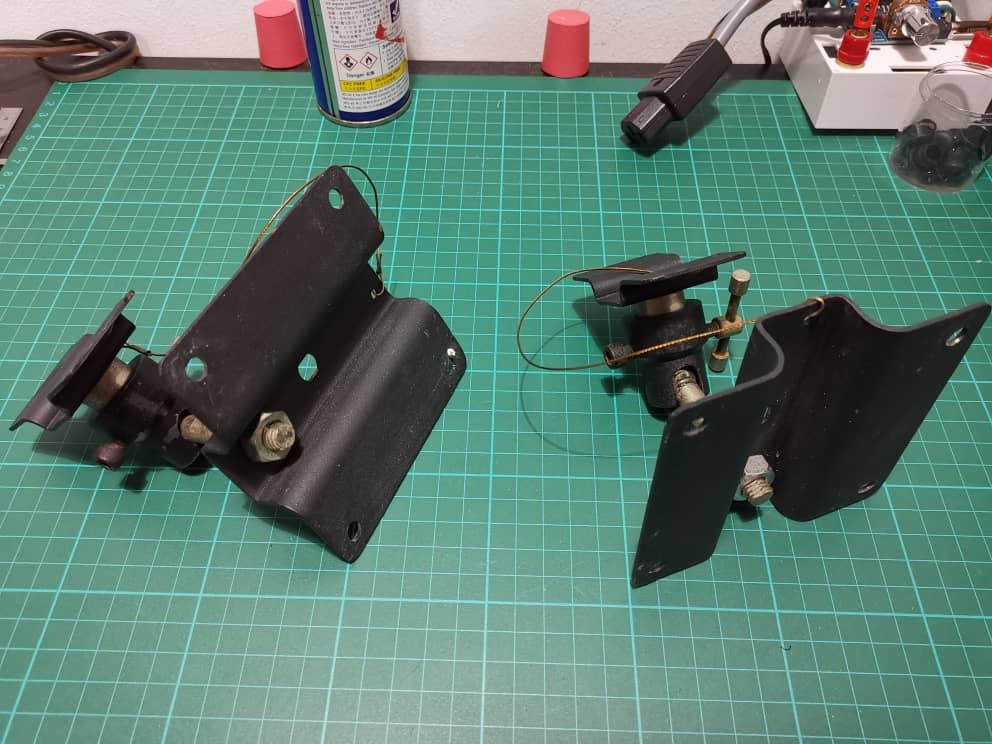 Speaker wall mount bracket (sold) 780b4910
