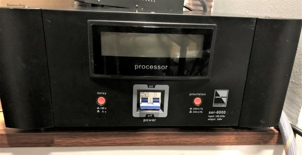 Soundstage SER-6000 Auto Voltage Regulator (sold) Img_1826