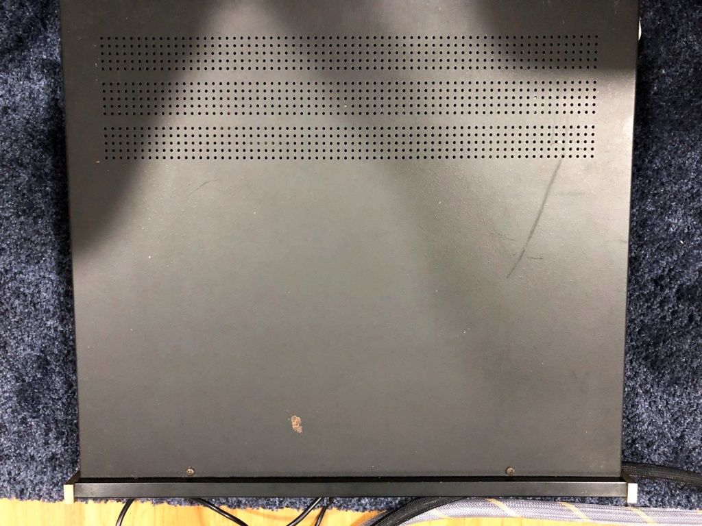 Mcintosh MX118 Pre-amp / AV processor / Tuner -sold Img_1924