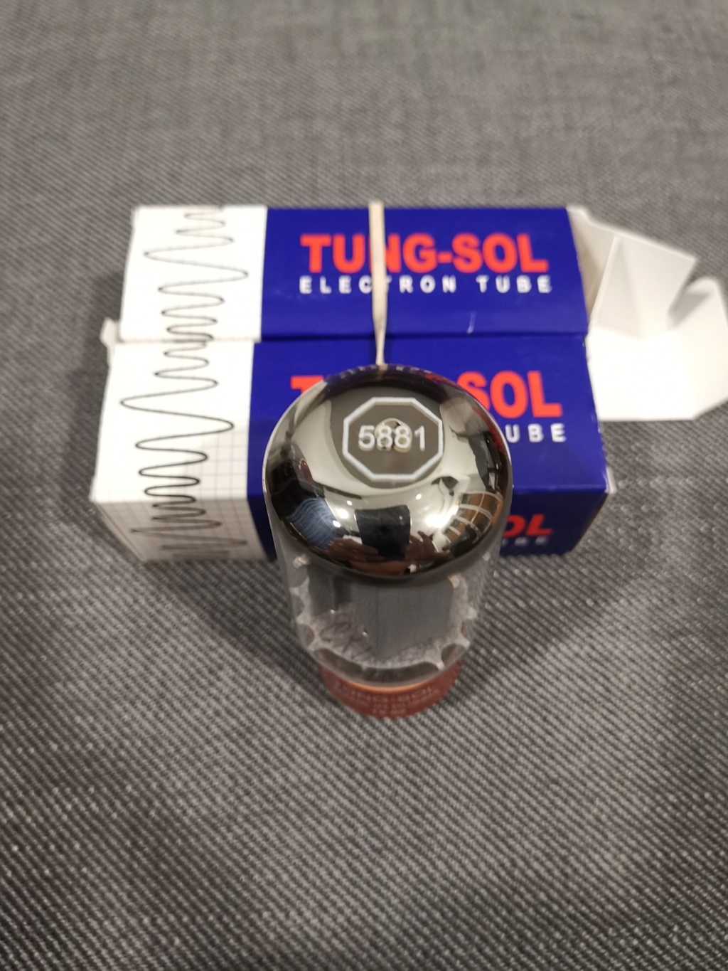 A pair of new Tungsol 5881 tube Img_2022