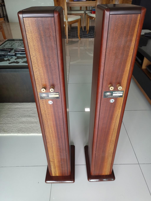 Opera Pavarotti floorstand speaker - sold Img_2040
