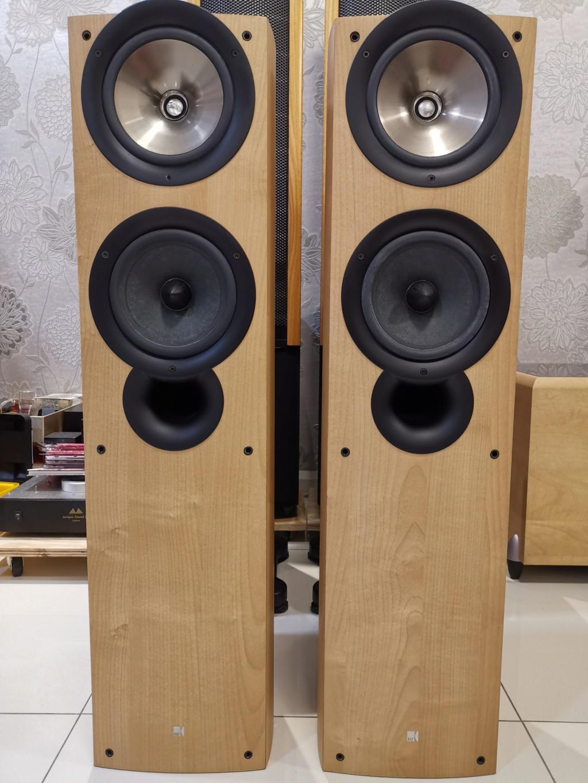 KEF iQ7 floorstand speaker  Img_2082