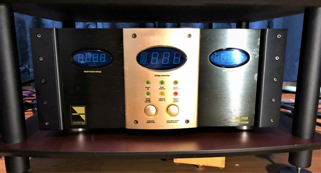 Soundstage APS 6000 Auto Voltage Regulator (sold) Img_2827
