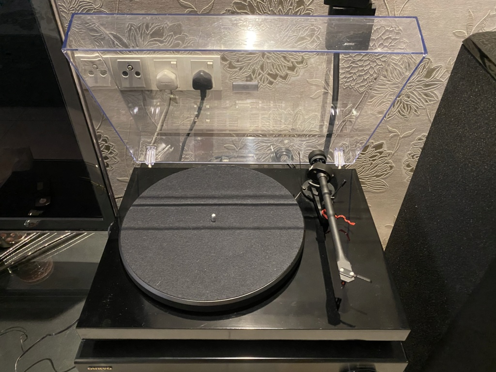 Project Debut 3 Turntable (Sold) Img_5314
