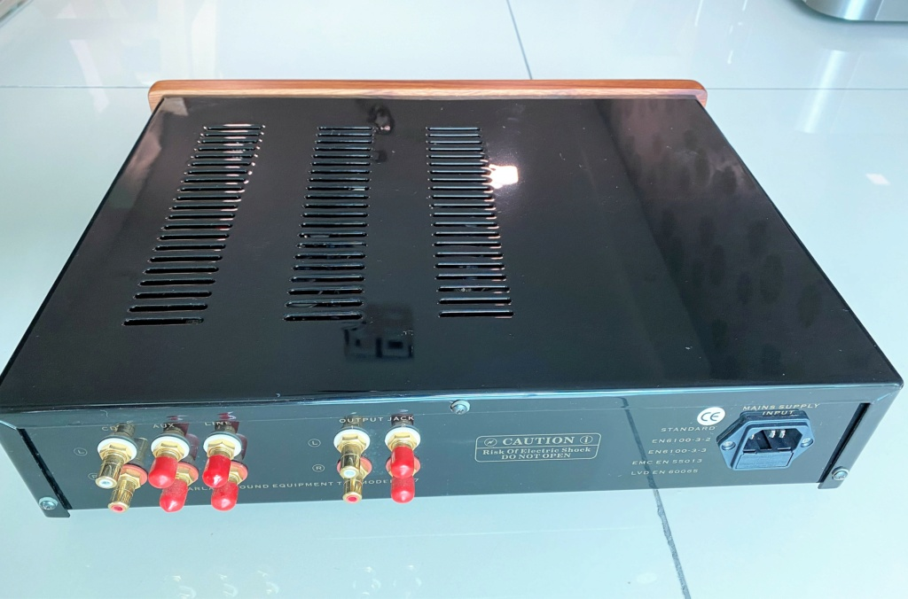 Yarland PM7 tube pre amplifier Img_6212