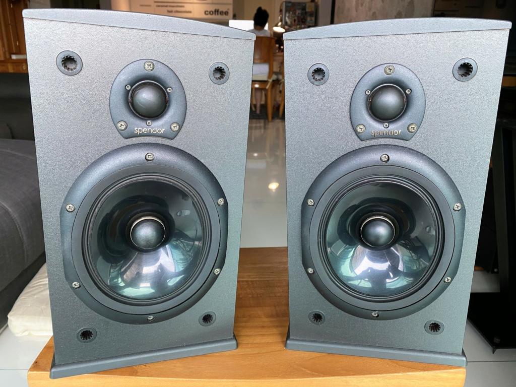 Spendor Model 2020 Bookshelf Speaker (sold) Img_8013