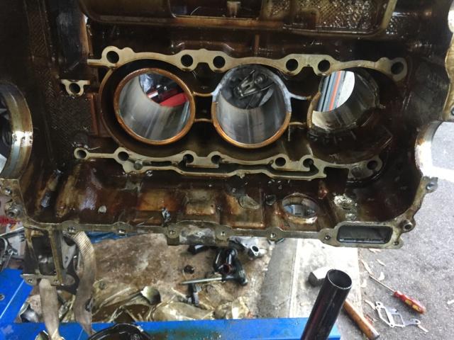 Casse moteur boxster 986 m96-22 - Page 3 3a2ce010
