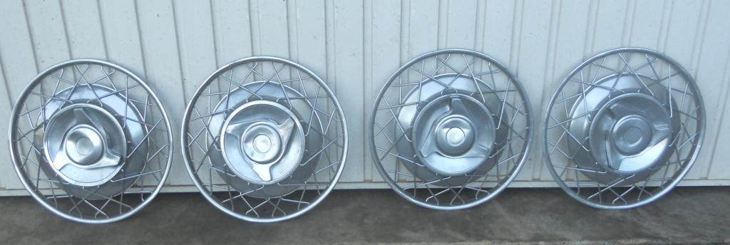 4 enjoliveurs en aluminium ROBERGEL Dscn5110