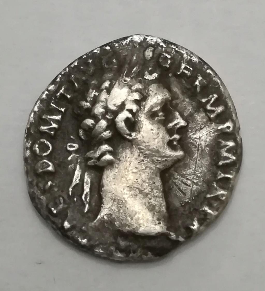Denario de Domiciano. IMP XXI COS XV CENS PPP. Minerva avanzando a dch. Roma Img_2019