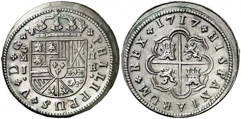 2 Reales Felipe V 1717. Madrid - Leones sin Corona Madrid10