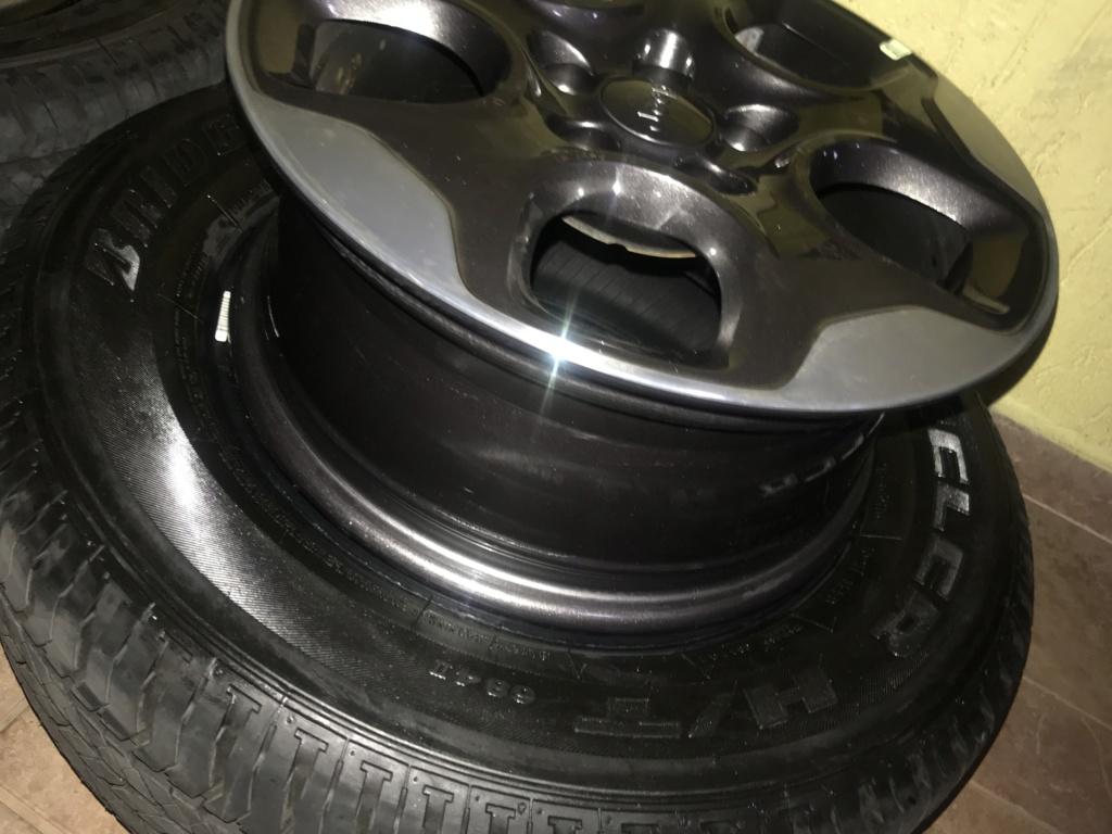 Vendo Roda e pneus 16 liga leve, novos 2a116d10