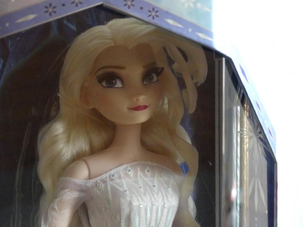 Disney Store Poupées Limited Edition 17'' (depuis 2009) - Page 4 Le_fro12