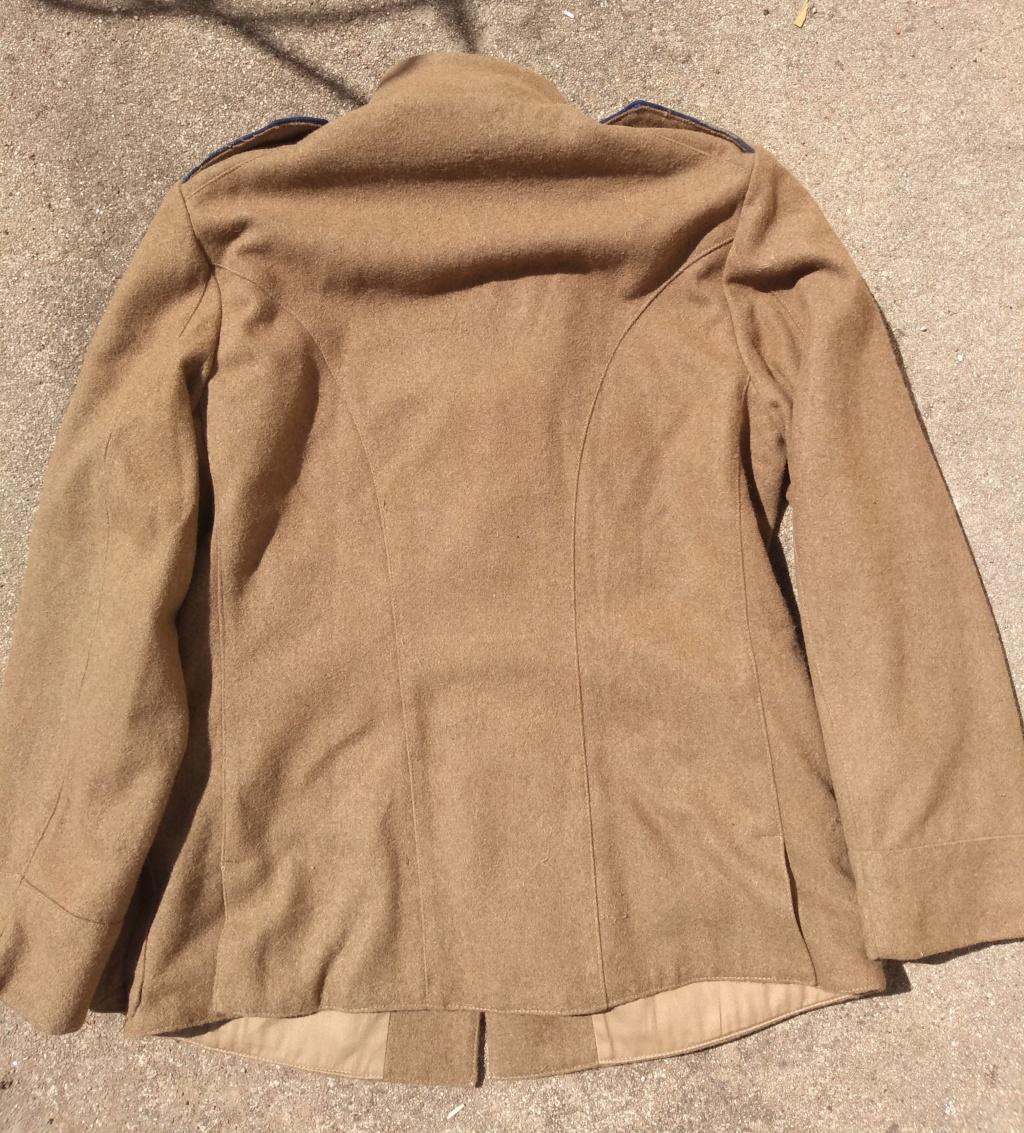 Patine d'uniformes en laine Img_2117