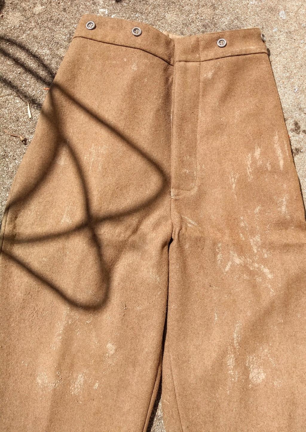Patine d'uniformes en laine Img_2121