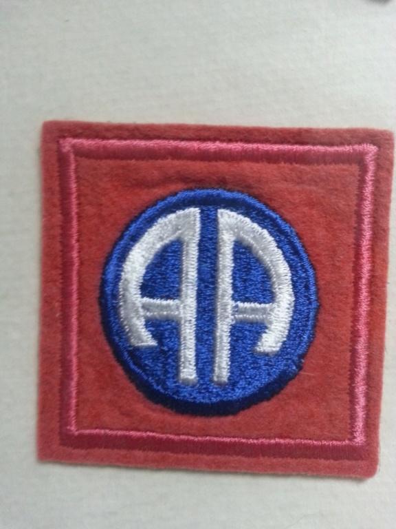 Cadre avec insignes 82 et 101 eme Airborne Thumbn18