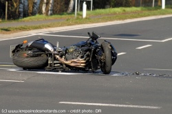 Airbag moto bientôt obligatoire.. En Europe ? - Page 2 Accide10