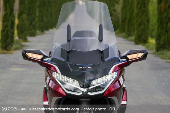 Essai moto Honda GoldWing GL1800 DCT 2021 (+vidéo) Bulle-10