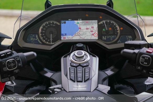 Essai moto Honda GoldWing GL1800 DCT 2021 (+vidéo) Compte10