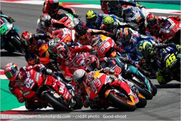 Palmarès des Champions du Monde MotoGP et 500 GP Eeeeee15