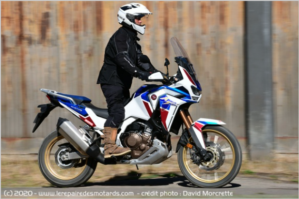 Comparatif - BMW R 1250 GS Adventure VS Honda CRF 1100 L Africa Twin Adventure Sports: les trails au sommet Ffddd10