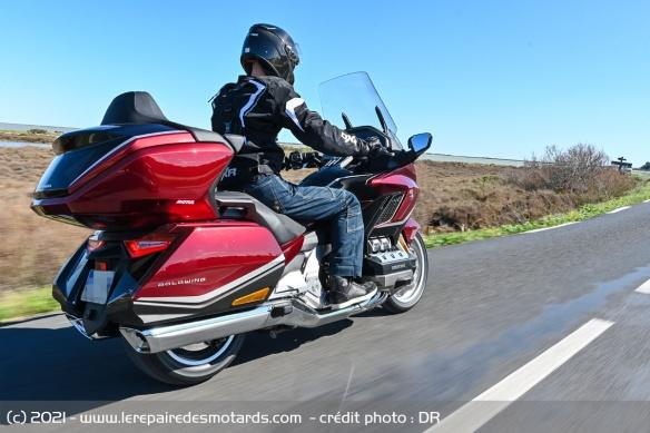 Essai moto Honda GoldWing GL1800 DCT 2021 (+vidéo) Honda-21