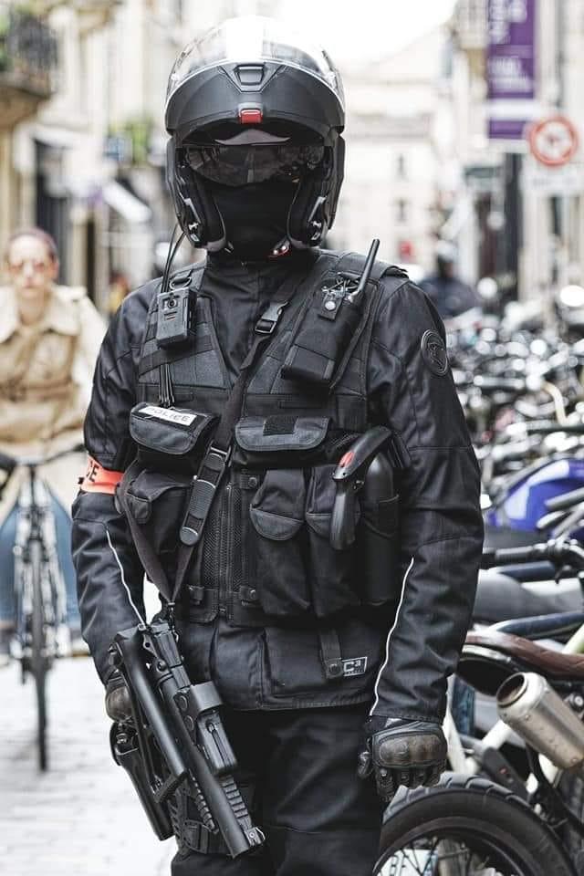 """Quels sont pour vous les éléments de sécurité vestimentaire """"vitaux"""" ? - Page 2 J_ai_r10"""