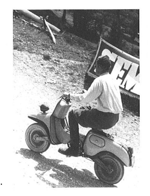 Quand KTM vendait aussi des scooters… Ktm-me12
