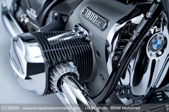 BMW dévoile la R 18 Moteur10