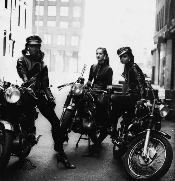 Peter Lindbergh - La mode et les motos Snip_830