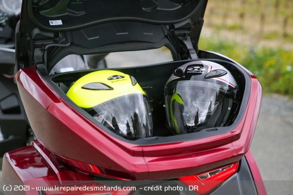 Essai moto Honda GoldWing GL1800 DCT 2021 (+vidéo) Top-ca10