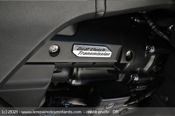 Essai moto Honda GoldWing GL1800 DCT 2021 (+vidéo) Transm10