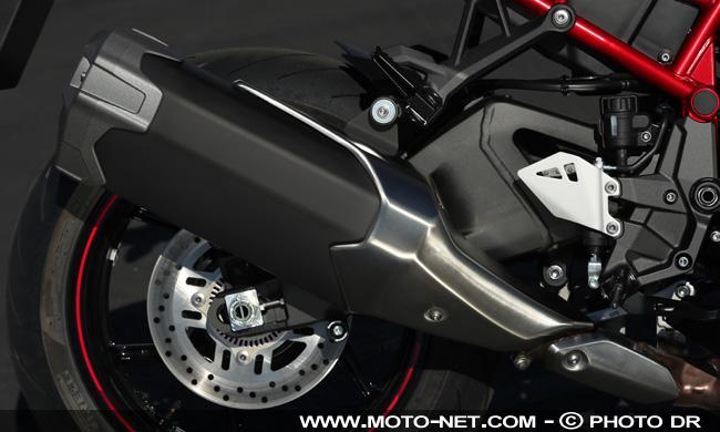 Essai Z H2 : le maxiroadster super gonflé de Kawasaki Zh2-st16
