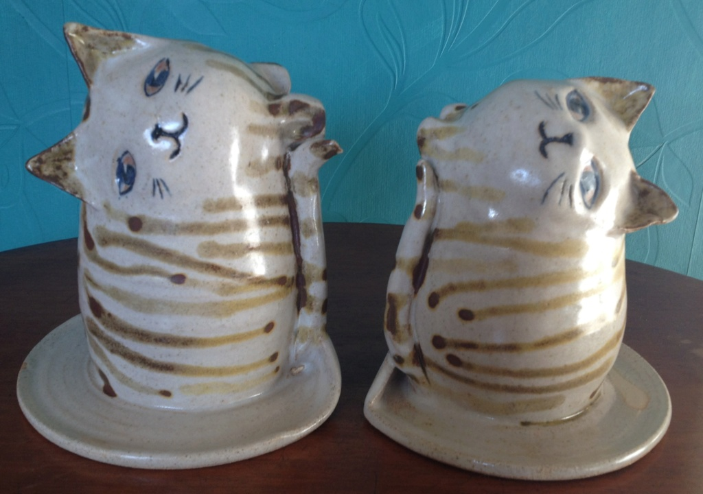Cat Bookends Rye Pottery? 00710
